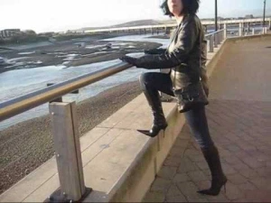 New Fashion 13_ Down by the Riverside- Leather and Denim in Boots (1)
