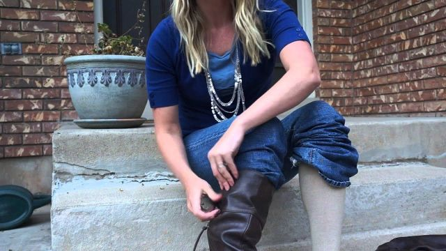 Fashion Hack_ How to wear tall boots with jeans